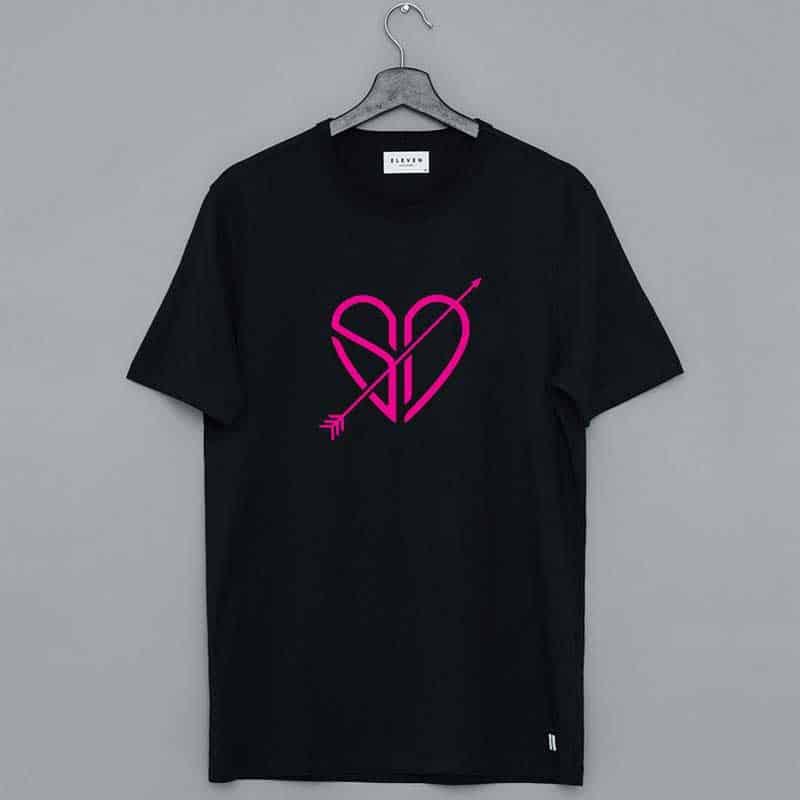 Sofie Dossi Merch Love Shirt
